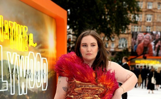 Lena Dunham Explains Why Dating Sober In The Uk Is A