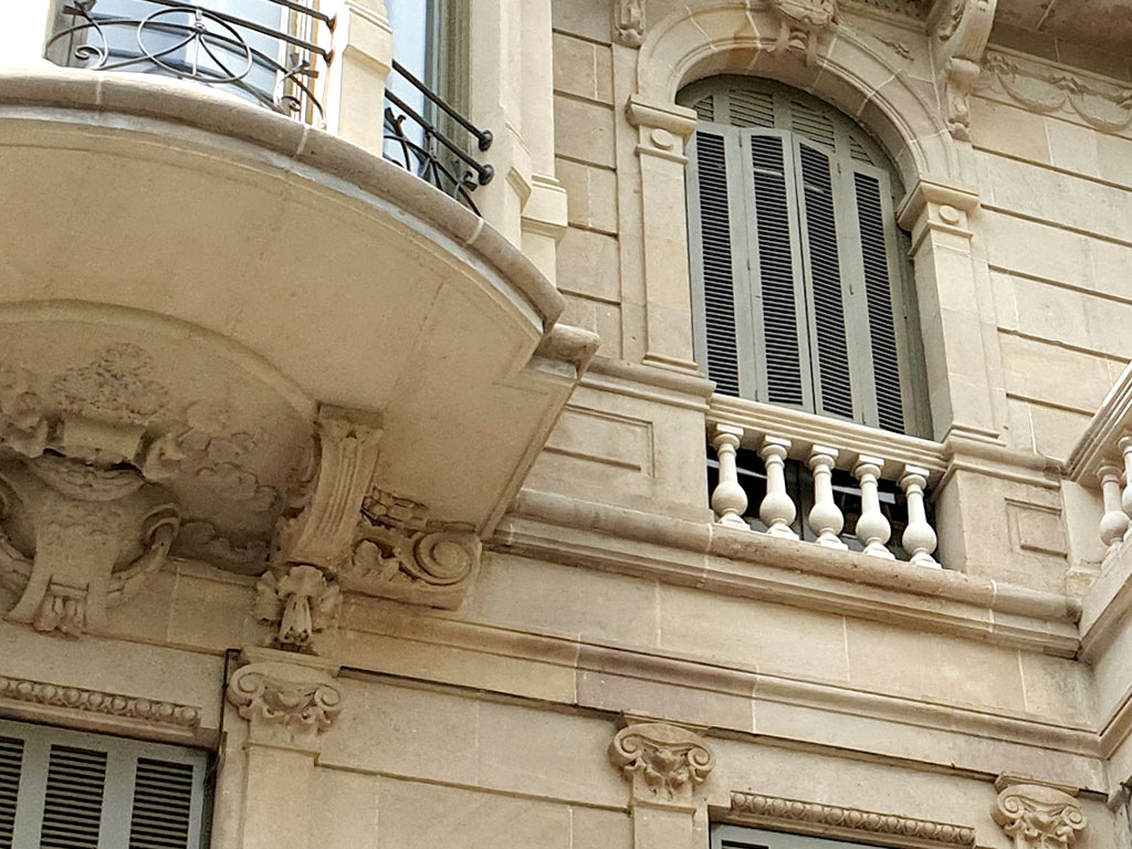 Detalle fachada piedra natural rehabilitada