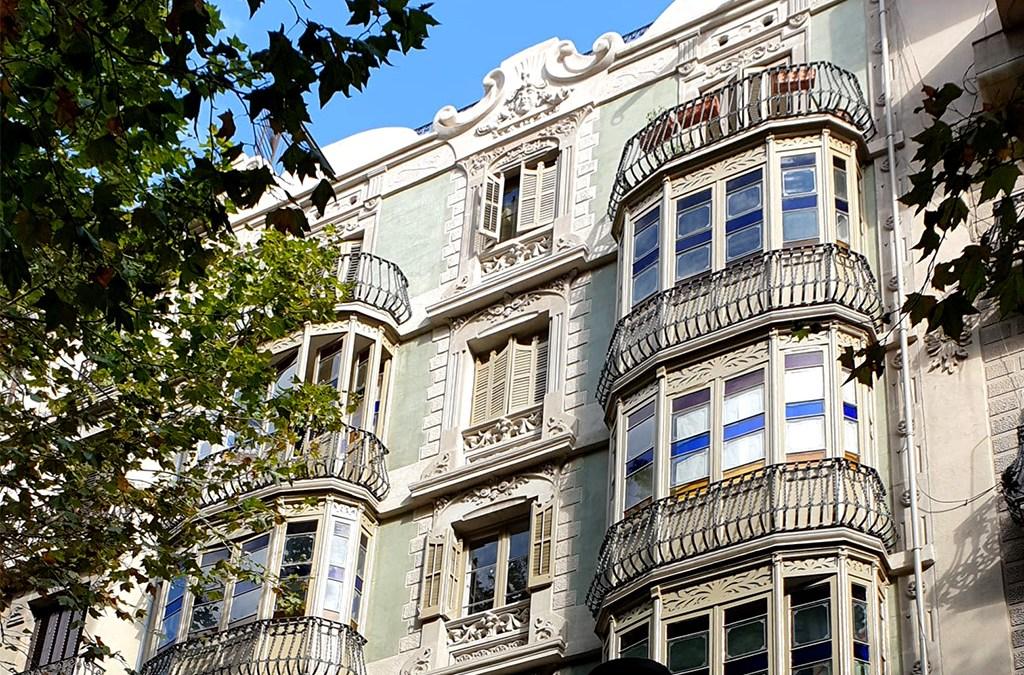 La rehabilitación de la fachada de Valencia, 198
