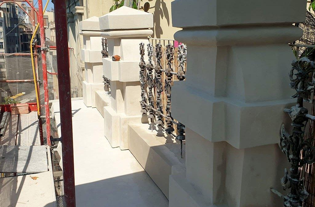 Restauración de los pilares de la cubierta de Plaza Universidad, 6
