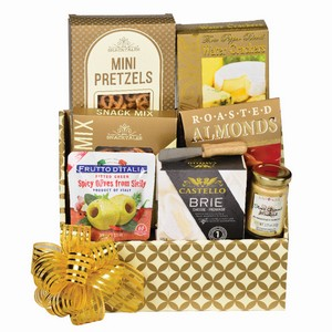 Snacks Corporate gift Toronto, gift for coworkers, Canadian office gifts, gift basket delivery GTA