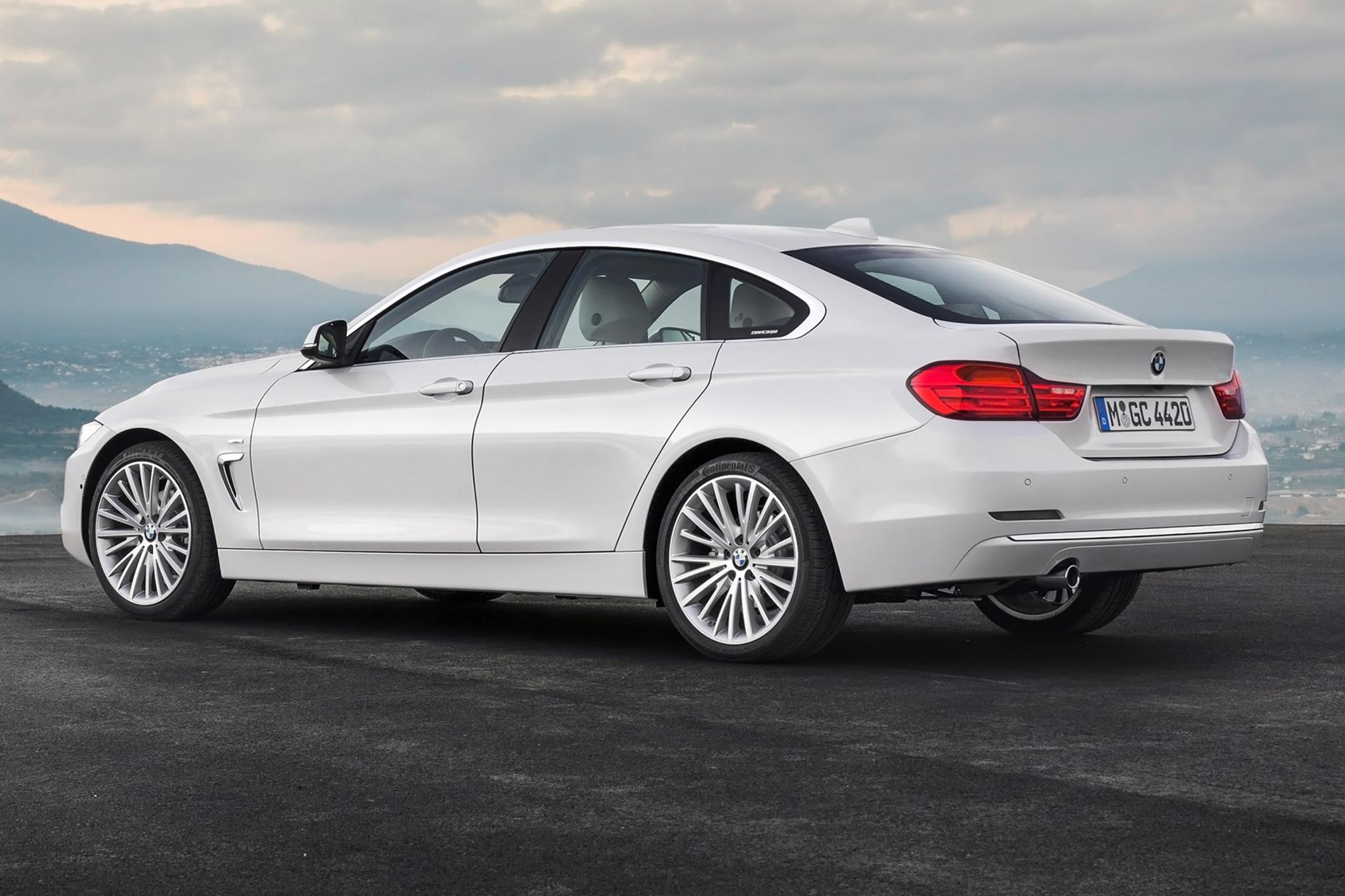 2015 BMW 4 Series Gran Coupe White Side Rear View
