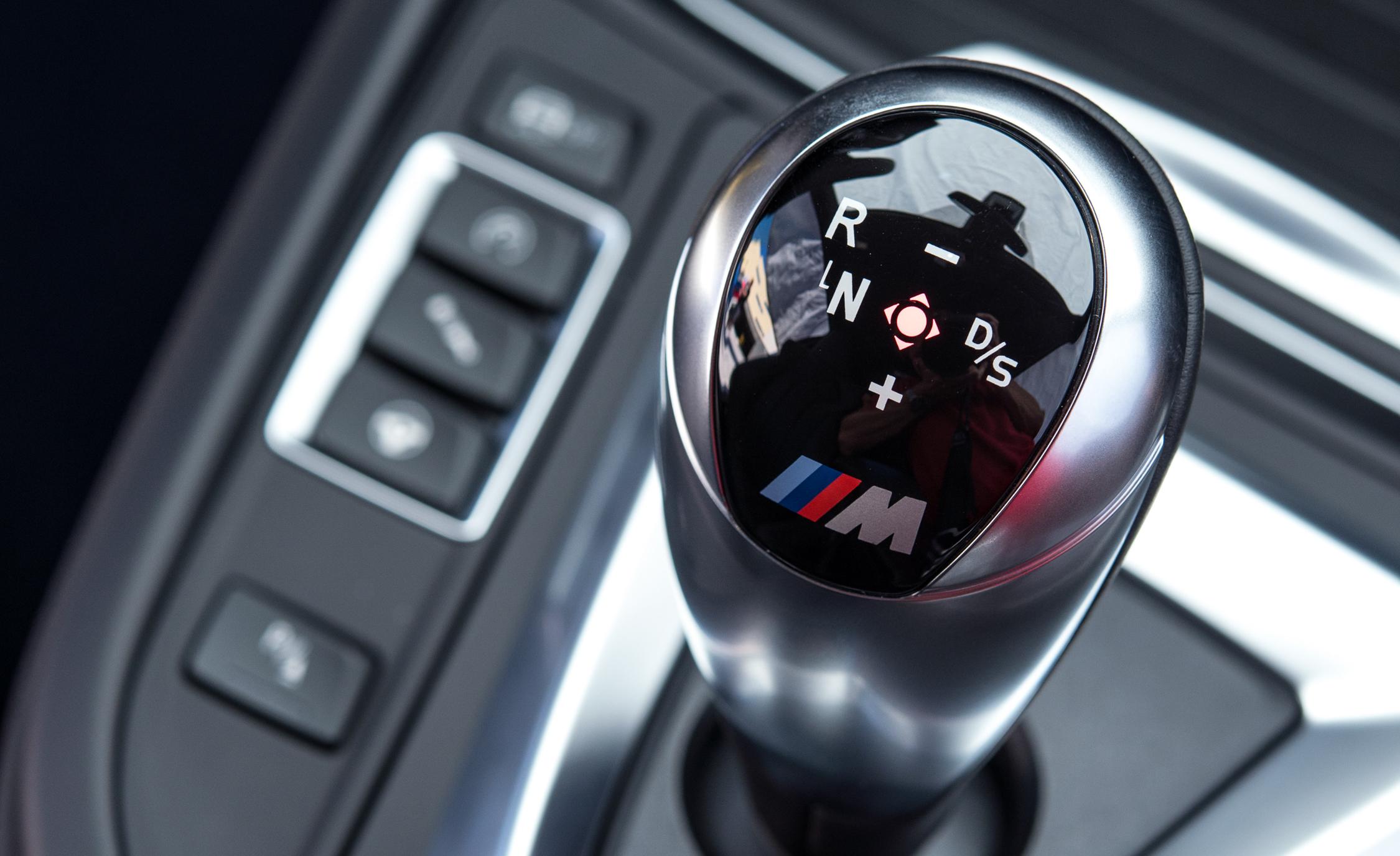 2015 BMW M4 Coupe Interior Gear Shift Knob