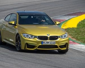 2015 BMW M4 Coupe Test Cornering