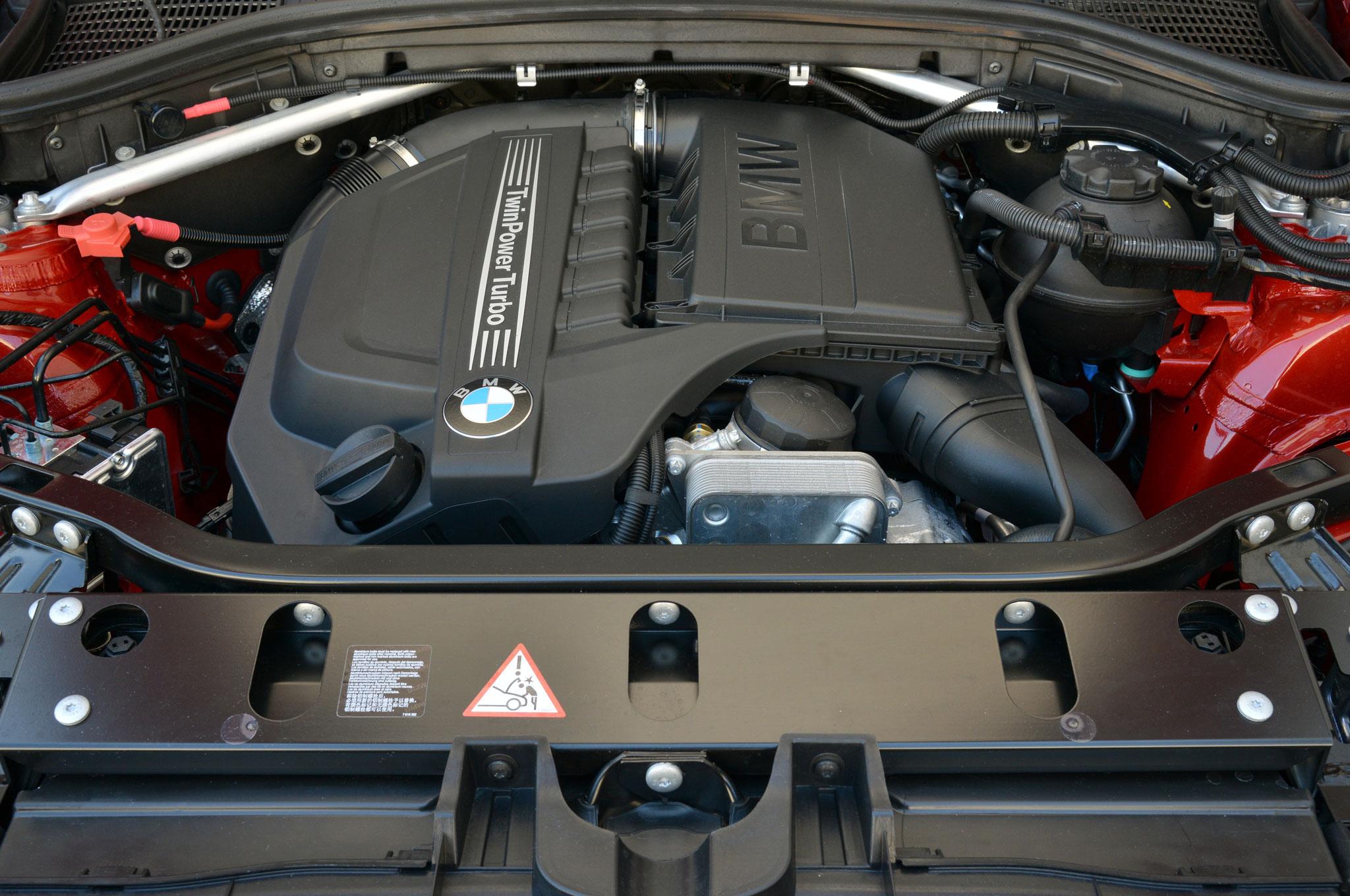 2015 BMW X4 Engine View