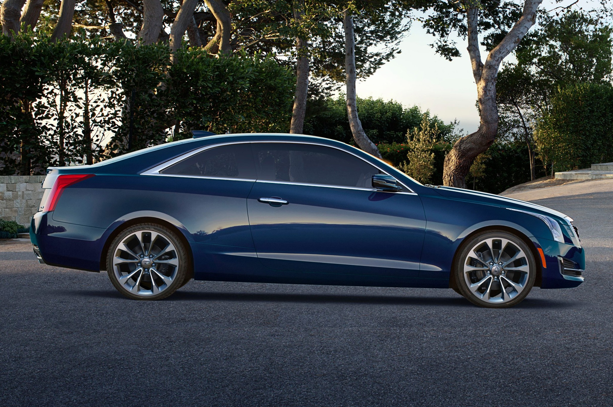 2015 Cadillac ATS Coupe Side Design