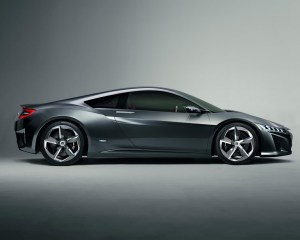 New 2015 Acura NSX Side View
