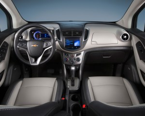 2015 Chevrolet Trax Cockpit and Dashboard Interior