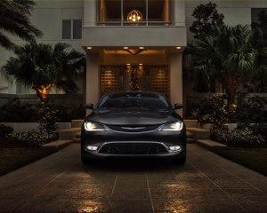 2015 Chrysler 200 Front End