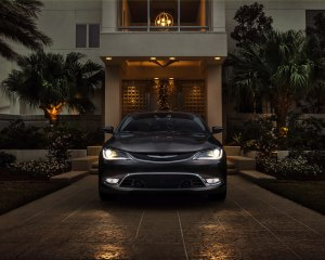 2015 Chrysler 200 Front End