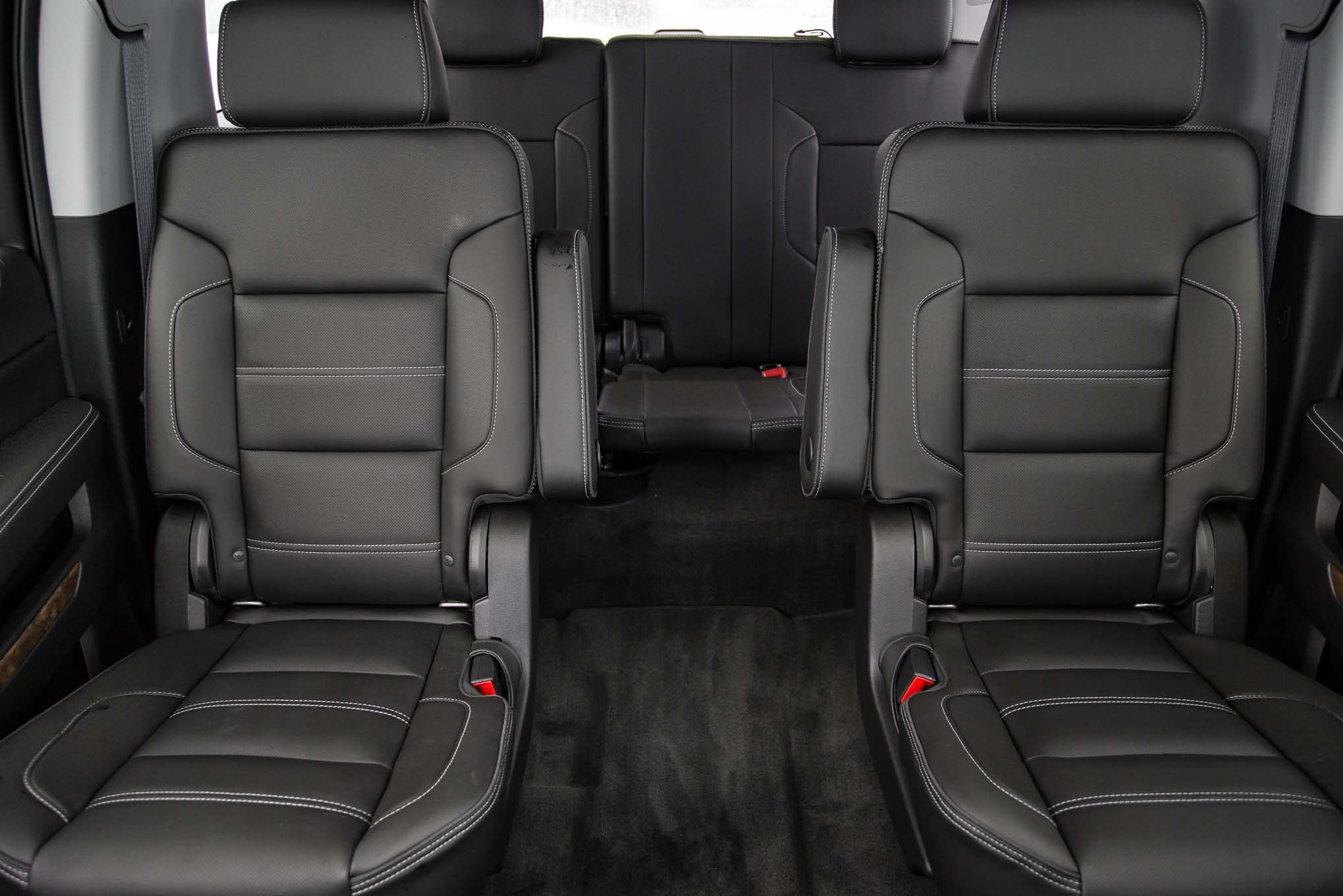 2015 GMC Yukon XL Center and Rear Seat Interior