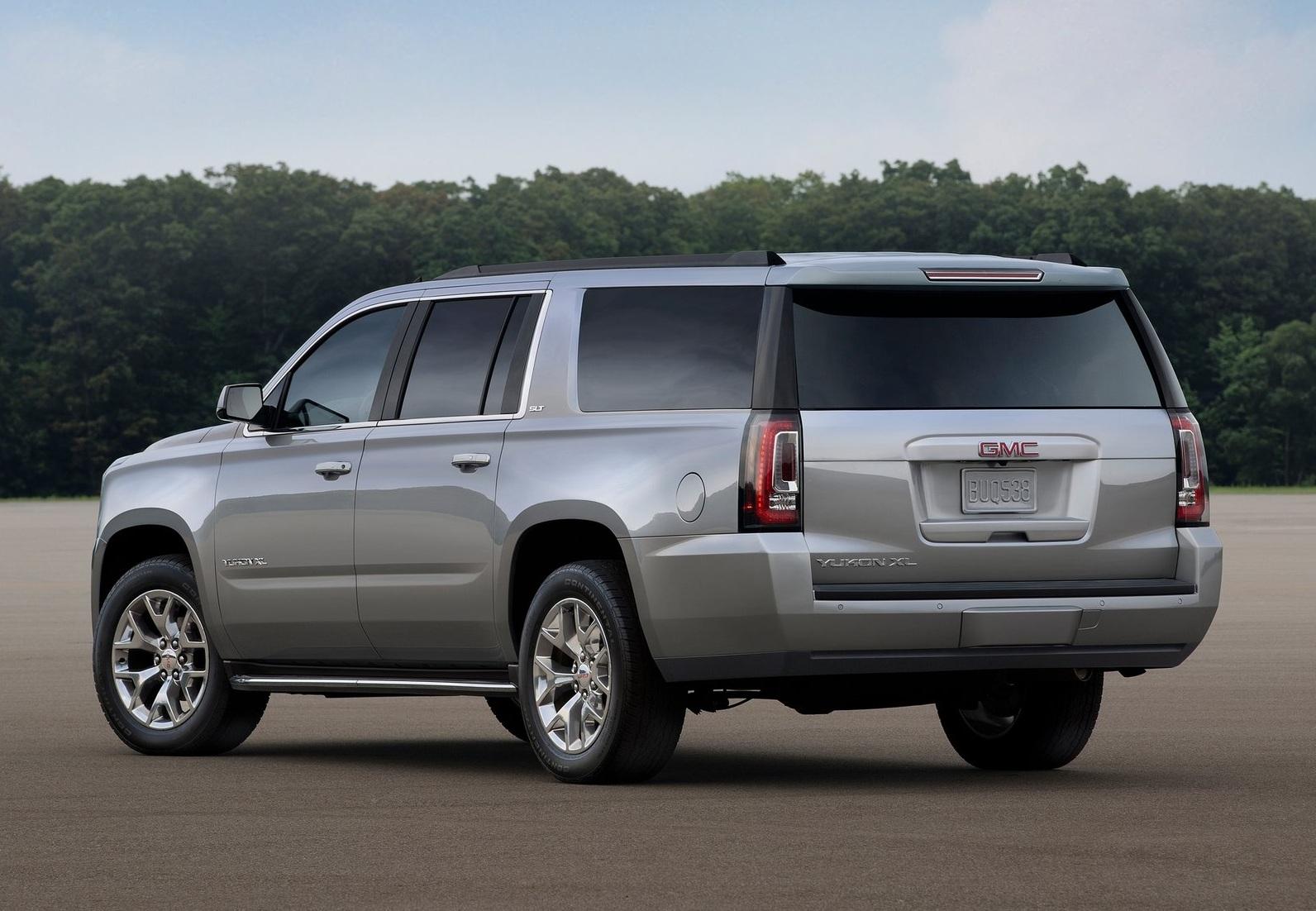 2015 GMC Yukon XL Rear Side Design