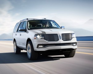 2015 Lincoln Navigator Performance