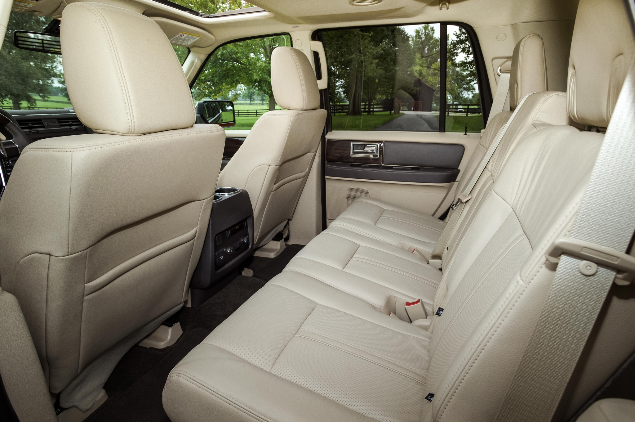 2015 Lincoln Navigator Second Seats Interior