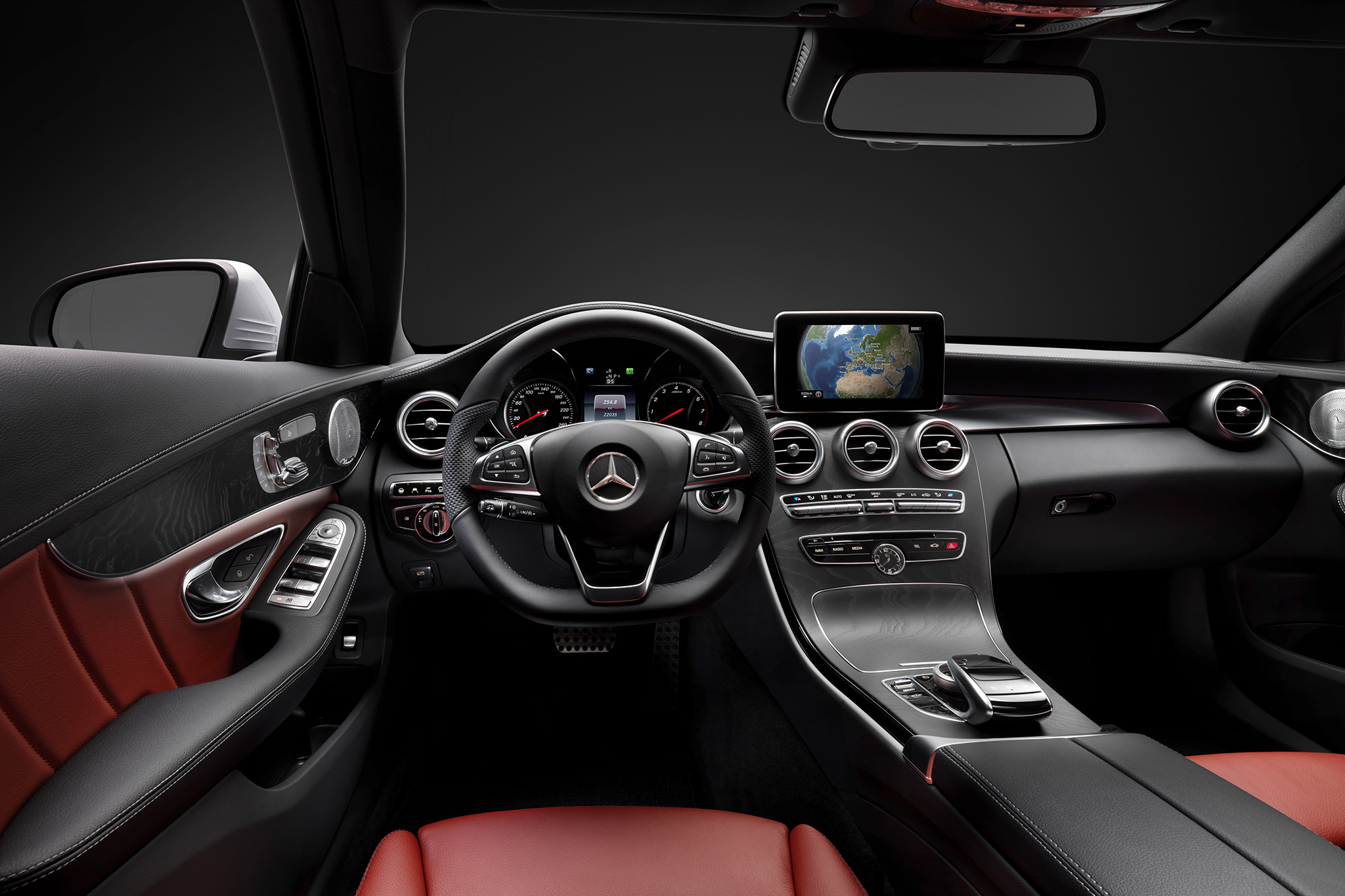 2015 Mercedes-Benz S-Class Coupe Cockpit View