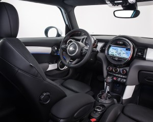 2015 Mini Cooper Hardtop 4-Door Dashboard Unit