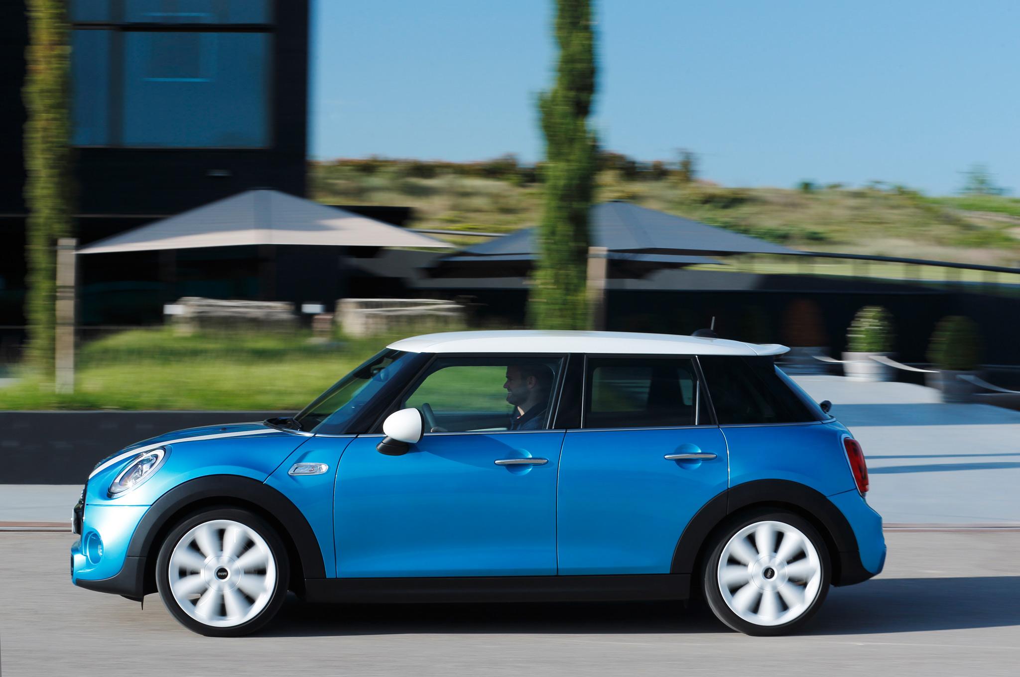 2015 Mini Cooper Hardtop 4-Door Test Drive