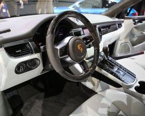 2015 Porsche Macan Front Interior Dashboard