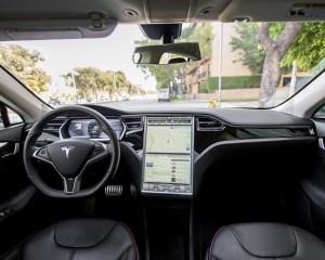 2014 Tesla Model S 60 Front Interior