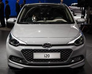 2015 Hyundai i20 White Front View