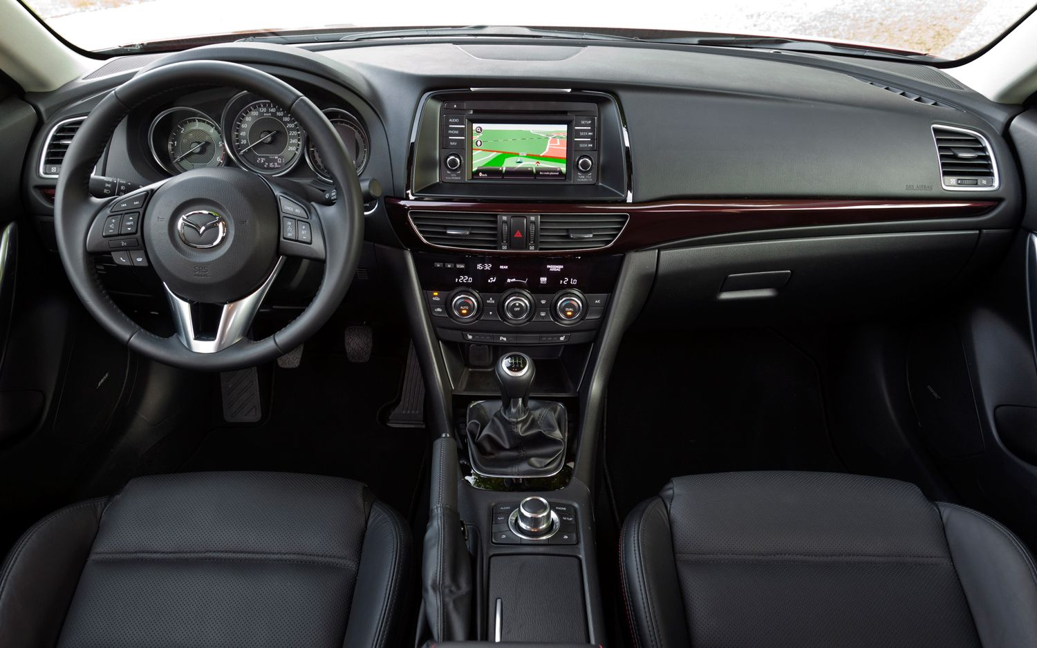 2015 Mazda 6 Front Interior and Dashboard