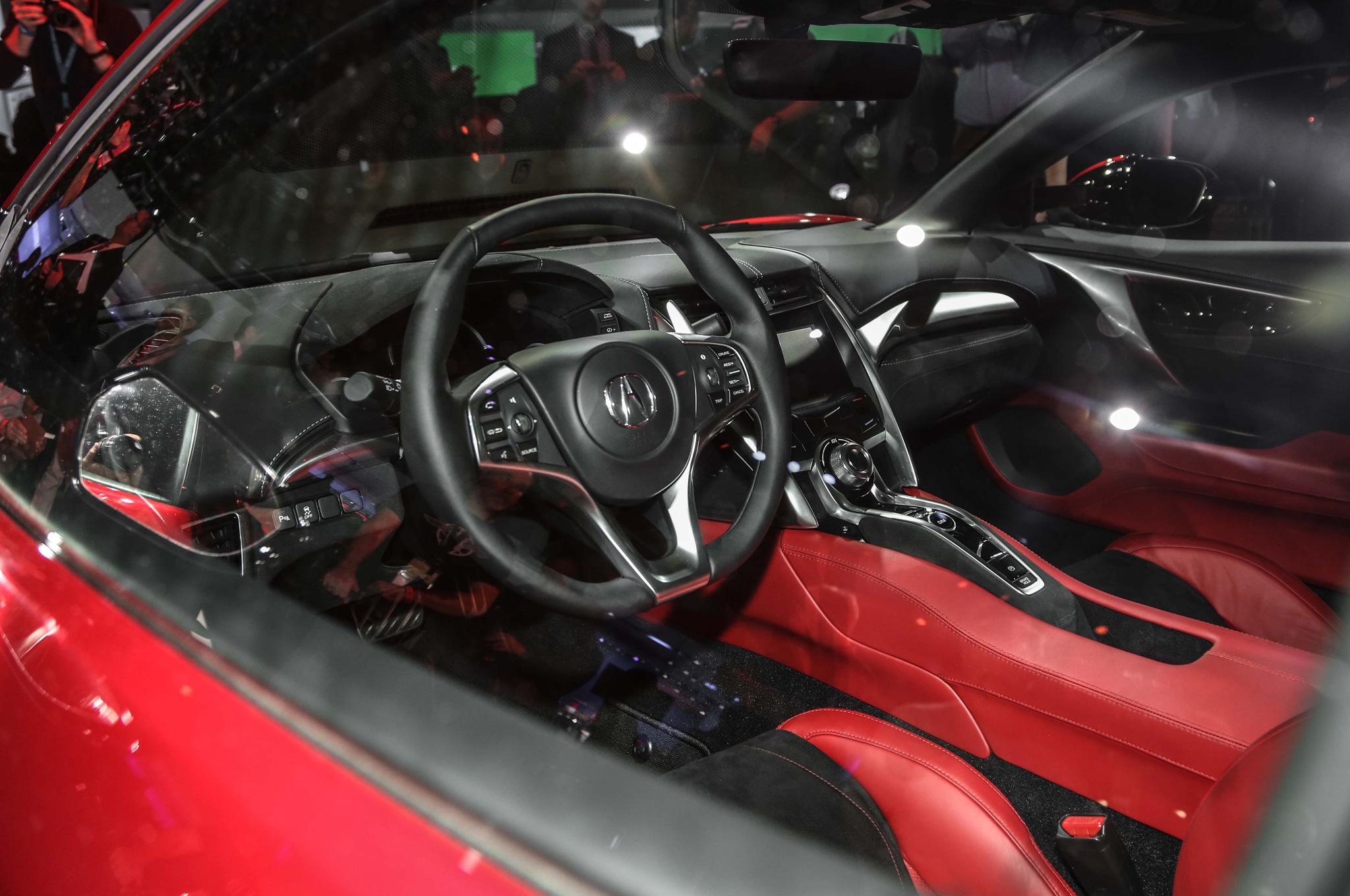 2016 Acura NSX Cockpit Photo