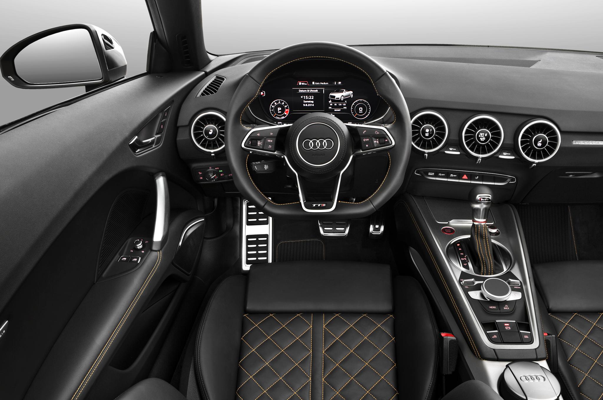 Audi TTS Roadster Interior