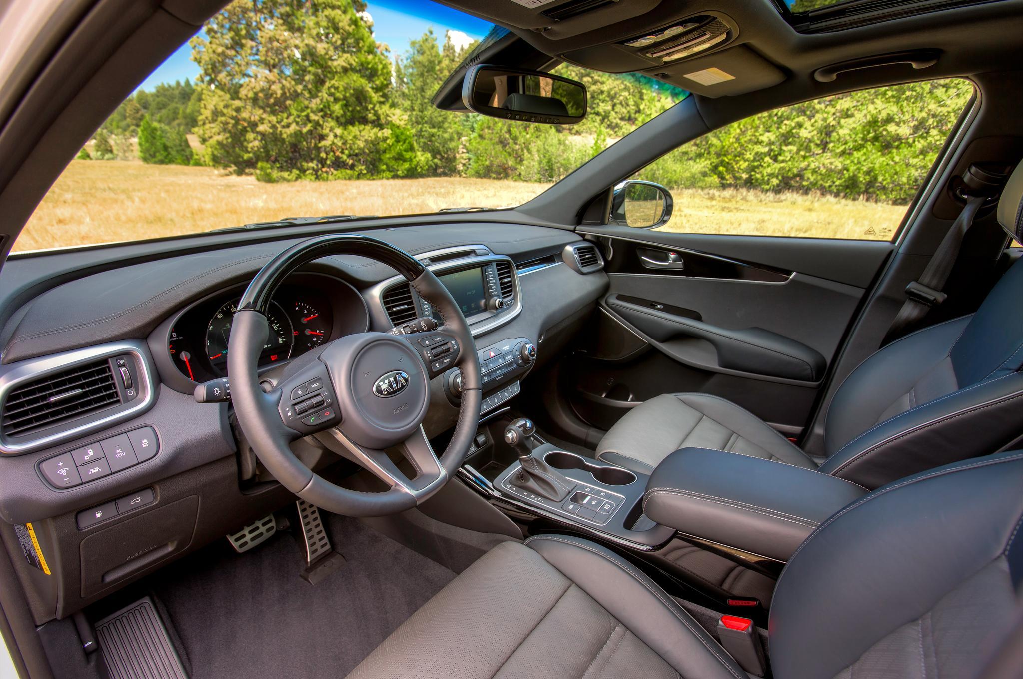 2016 Kia Sorento SXL Front Interior Photo