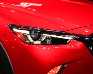 2016 Mazda CX-3 Headlamp View