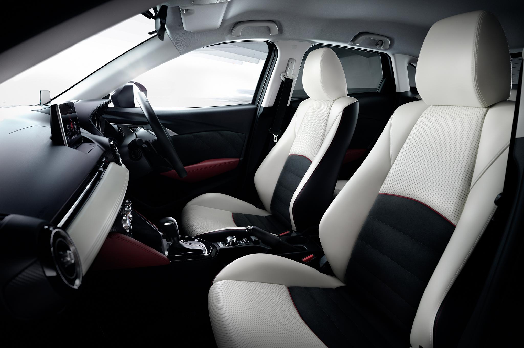 2016 Mazda CX-3 Interior Front Seats