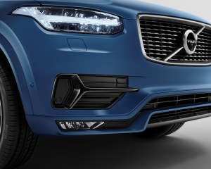 2016 Volvo Xc90 R-Design Front Bumper and Headlamp