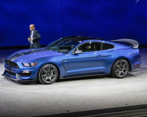 New 2016 Ford Shelby GT350R Mustang