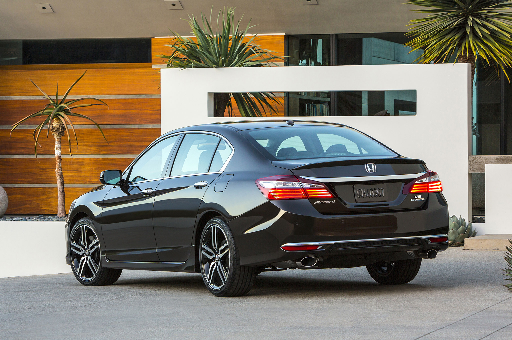 New 2016 Honda Accord Rear View