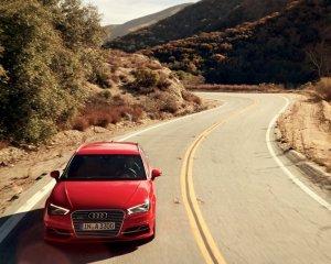 2016 Audi A3 e-Tron Top View