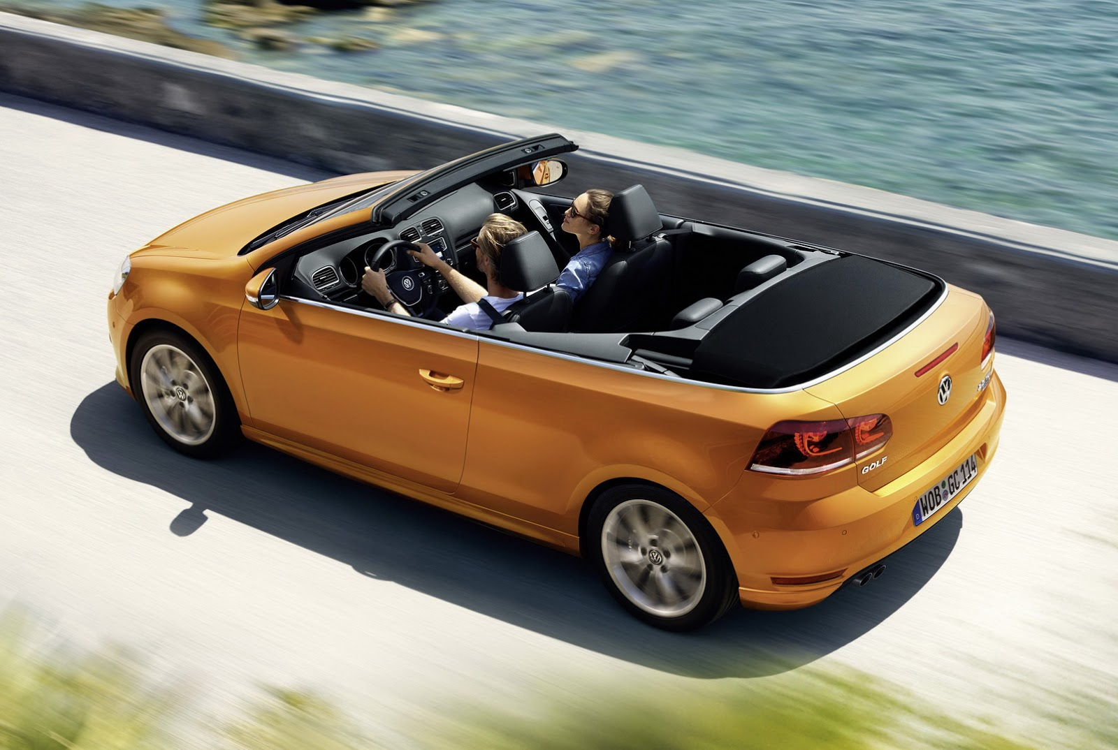 2016 Volkswagen Golf Cabriolet Preview