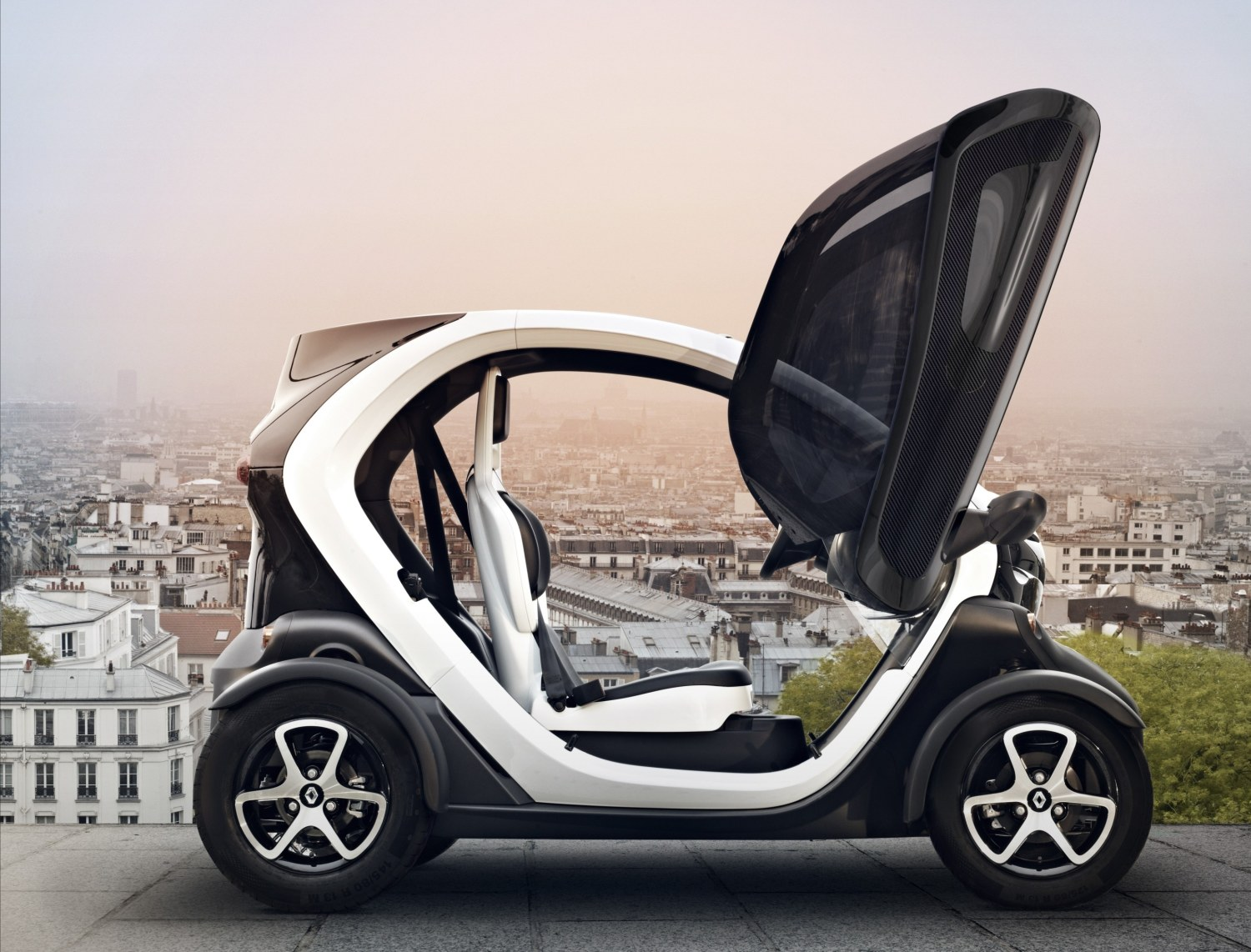 Interior Preview of 2015 Renault Twizy