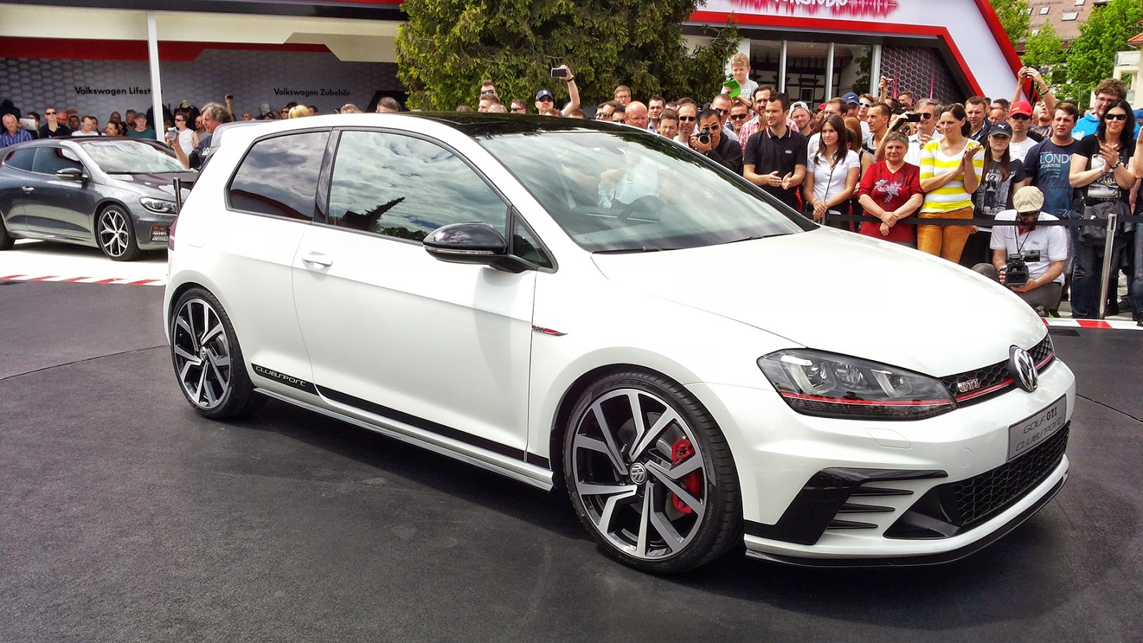 New Volkswagen Golf GTI Clubsport