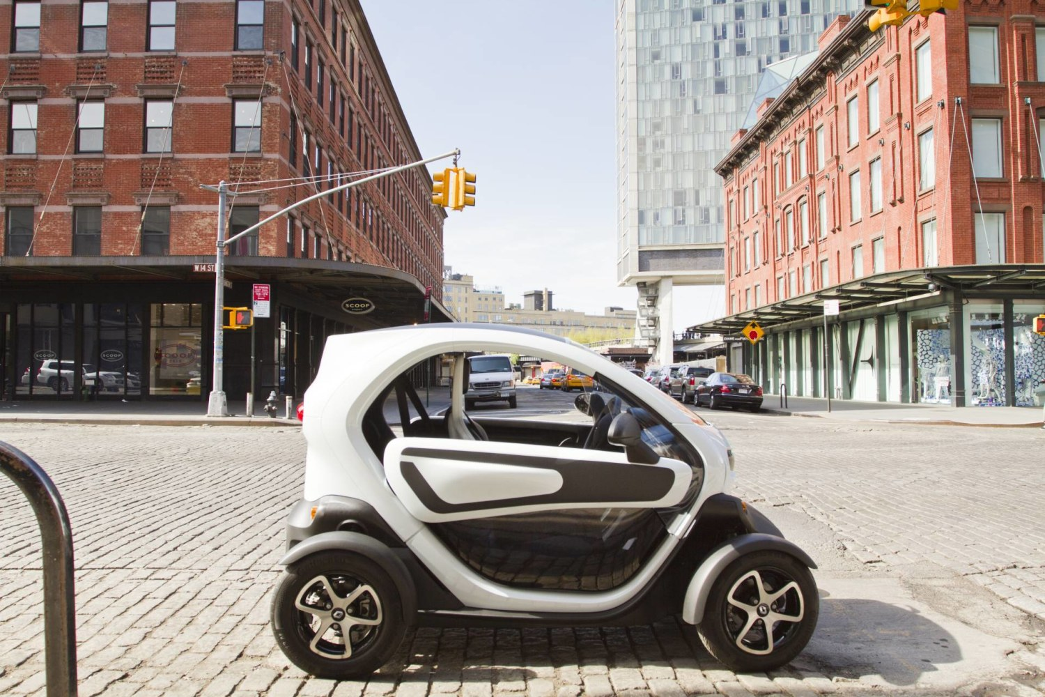 Renault Twizy Side Exterior View