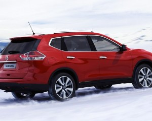 2014 Nissan X-Trail (Red)