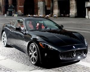 Convertible: 2011 Maserati Quattroporte