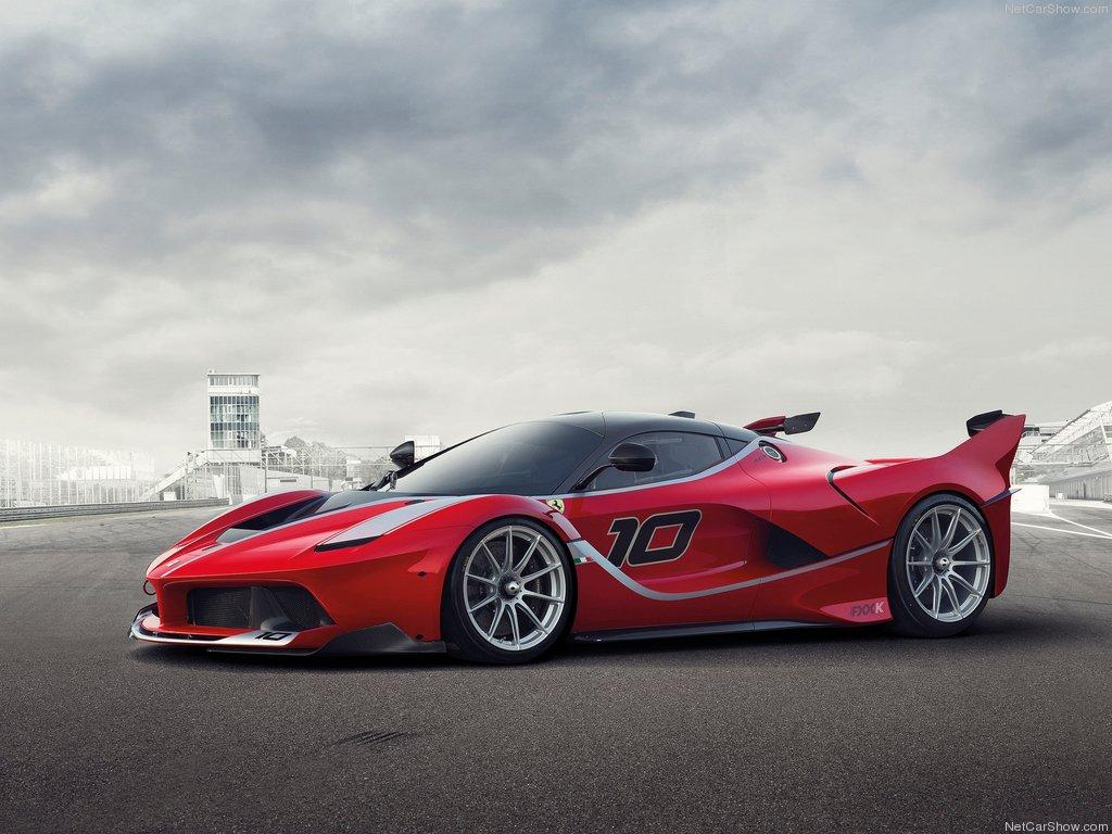 Exterior Details: 2015 Ferrari FXX K