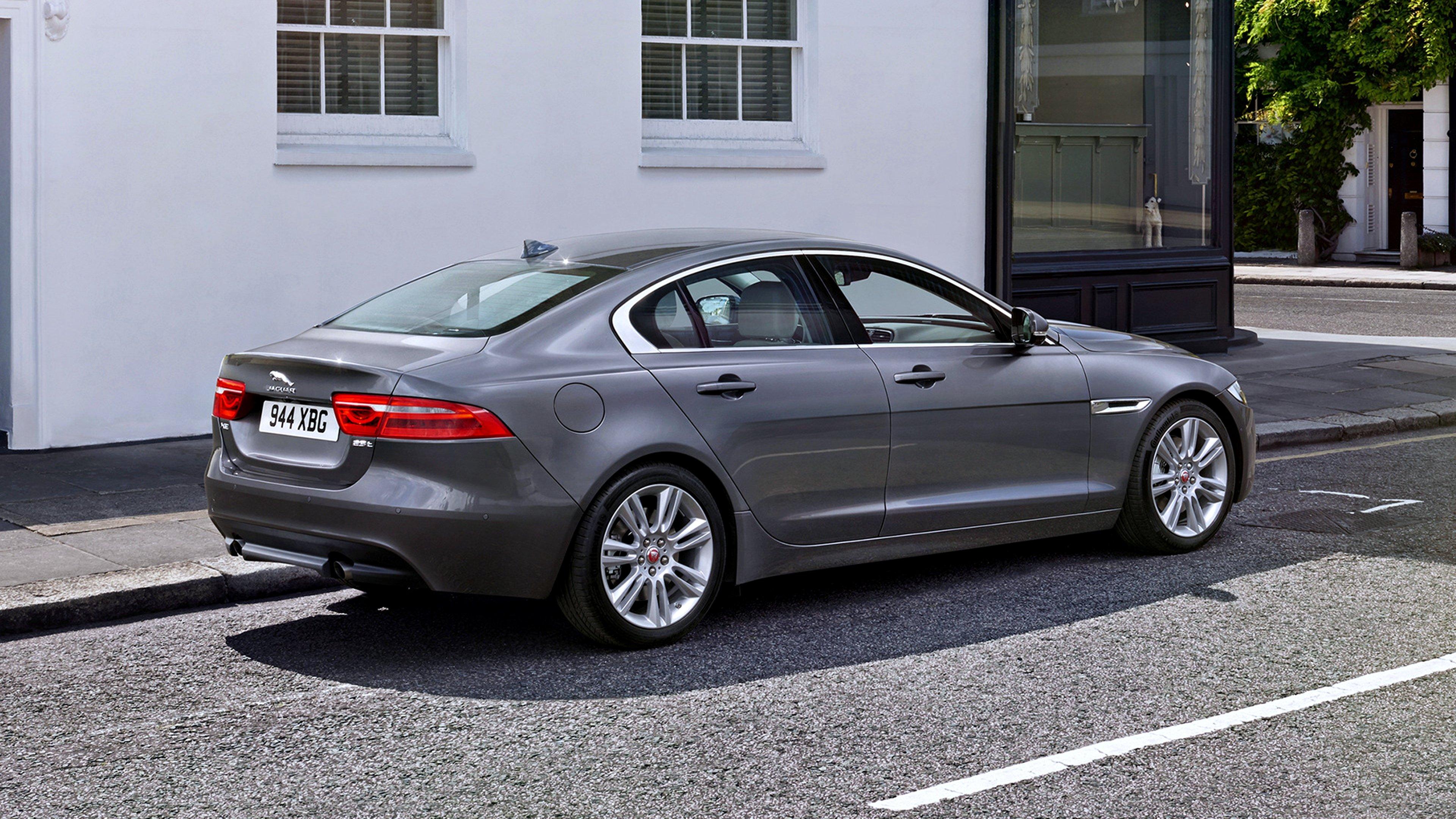 Exterior Preview: 2015 Jaguar XE (Grey)