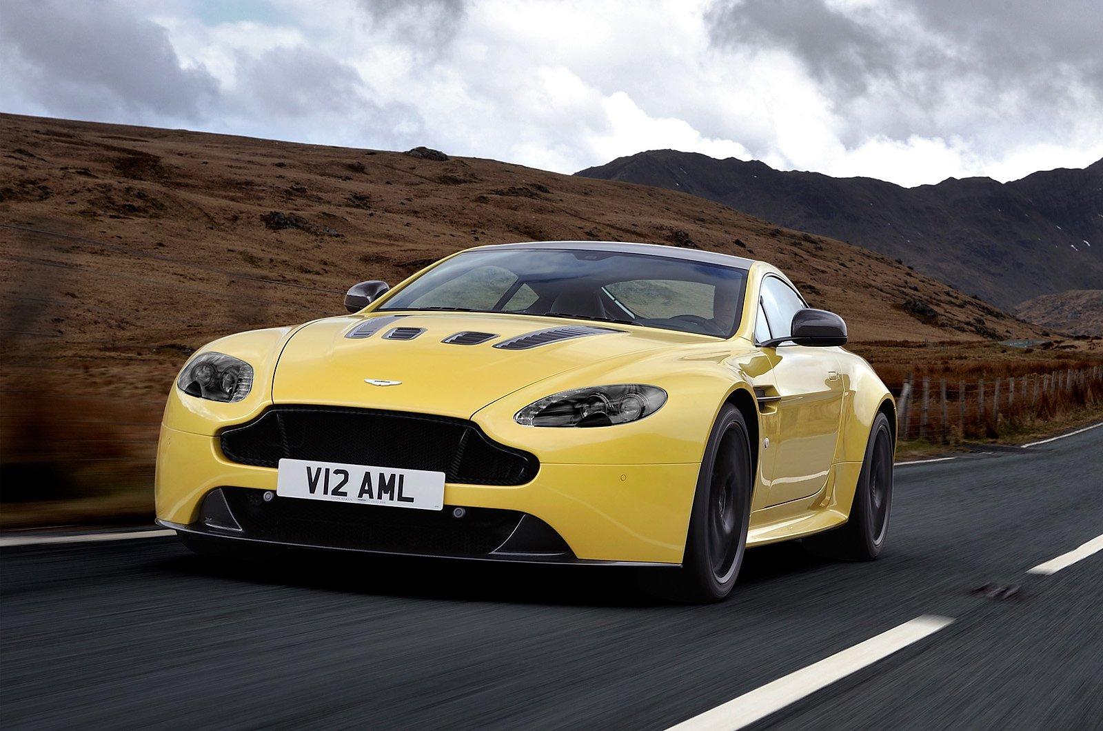 Official 2014 Aston Martin V12 Vantage S