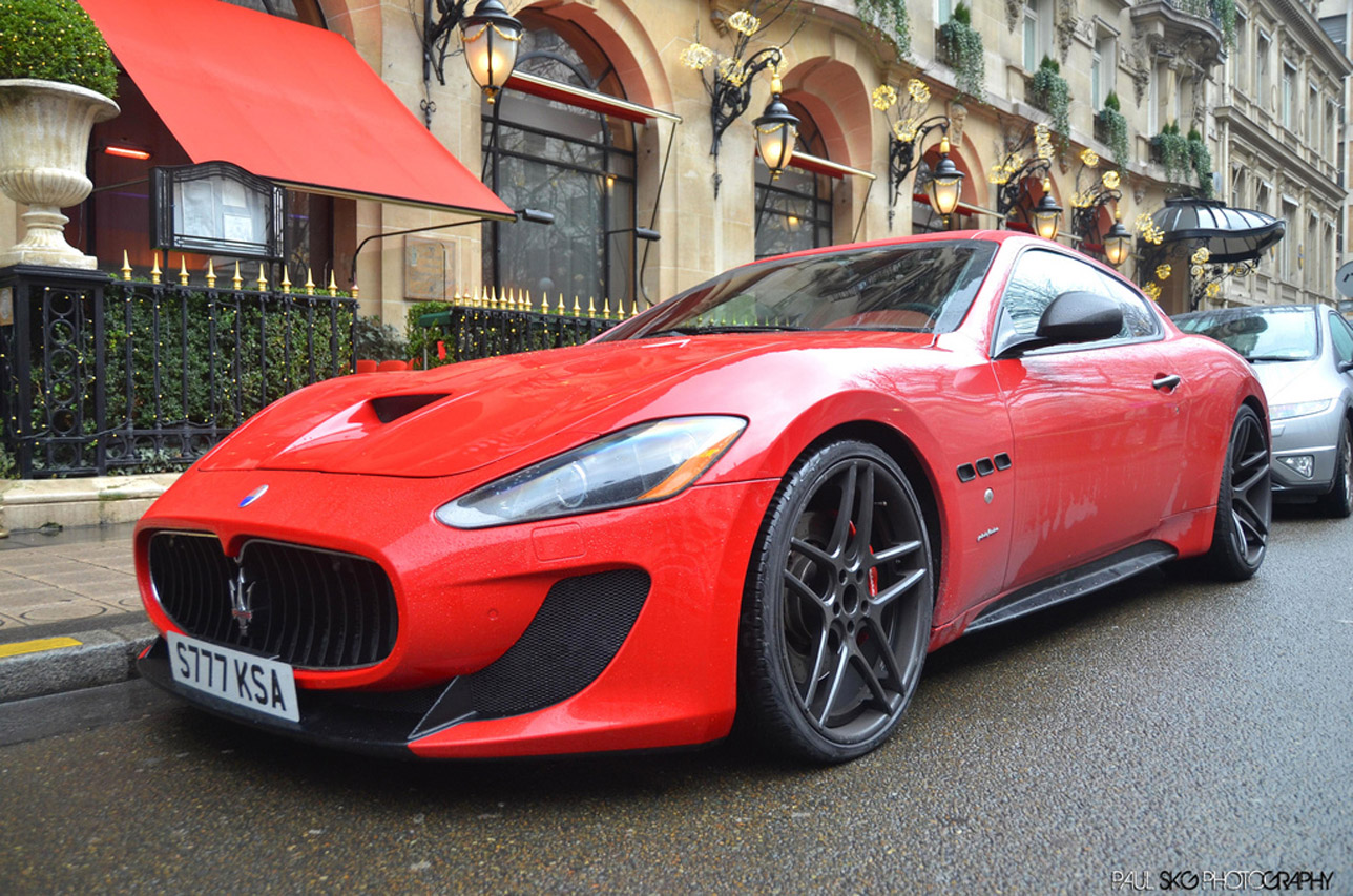 (Red) 2013 Maserati GranTurismo