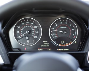 2015 BMW M235i xDrive Interior Speedometer