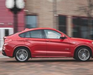 2015 BMW X4 xDrive28i Test Side View Right
