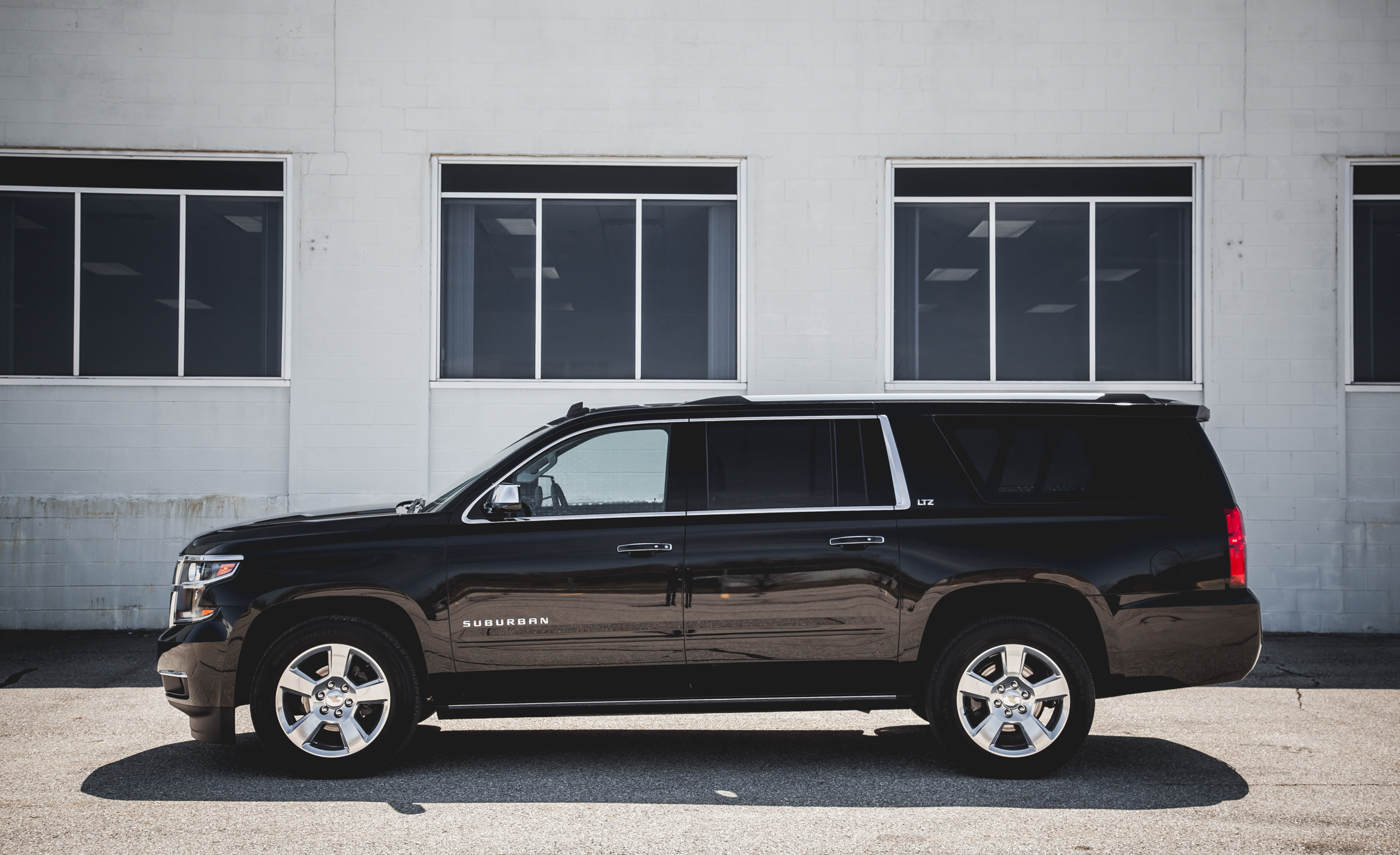 2015 Chevrolet Suburban LTZ Exterior Body Side