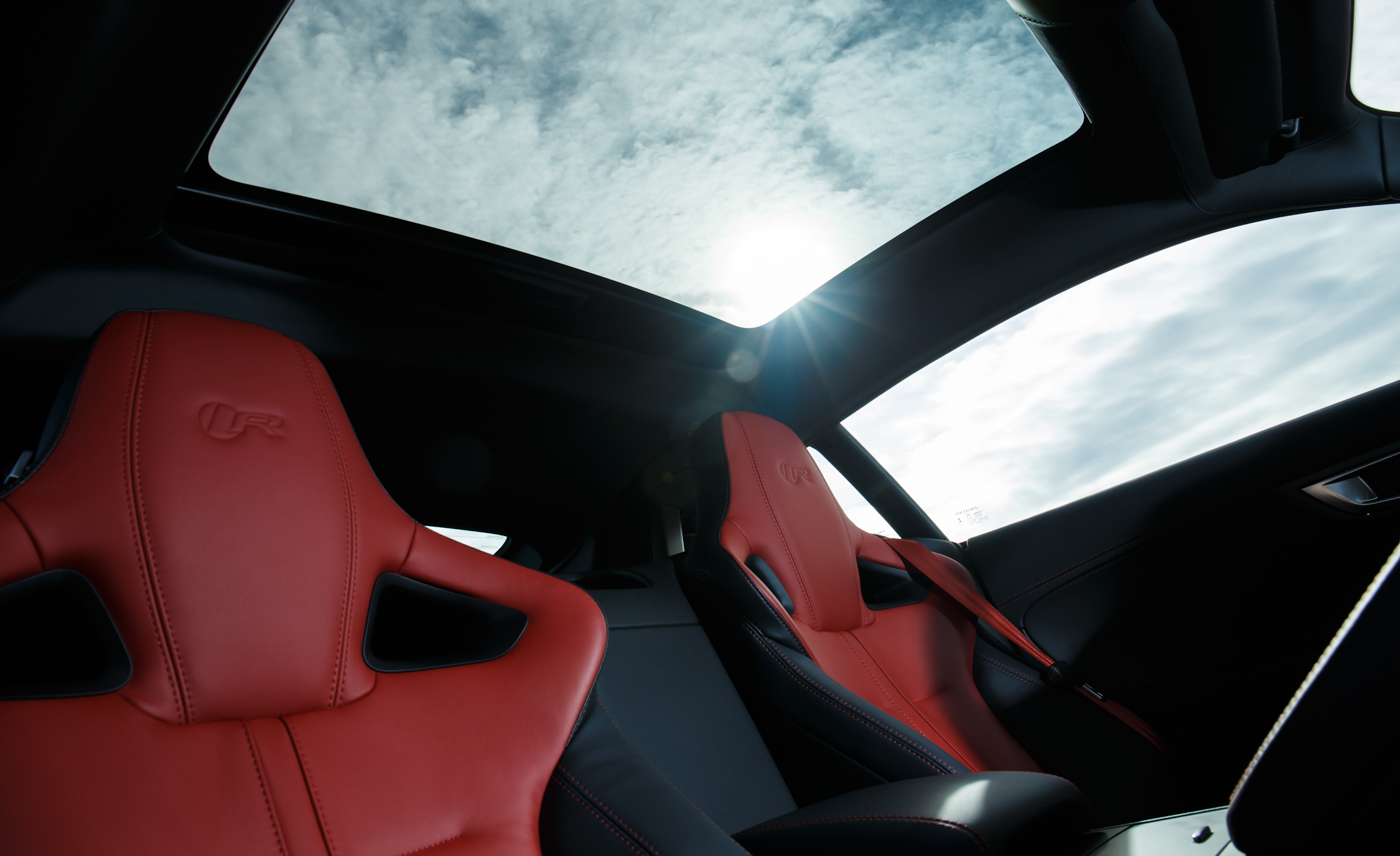 2015 Jaguar F-type R Coupe Interior Panoramic Sun Roof