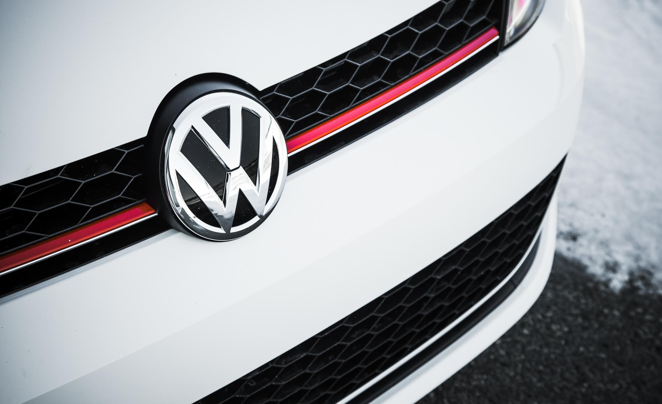 2015 Volkswagen GTI Exterior Grille