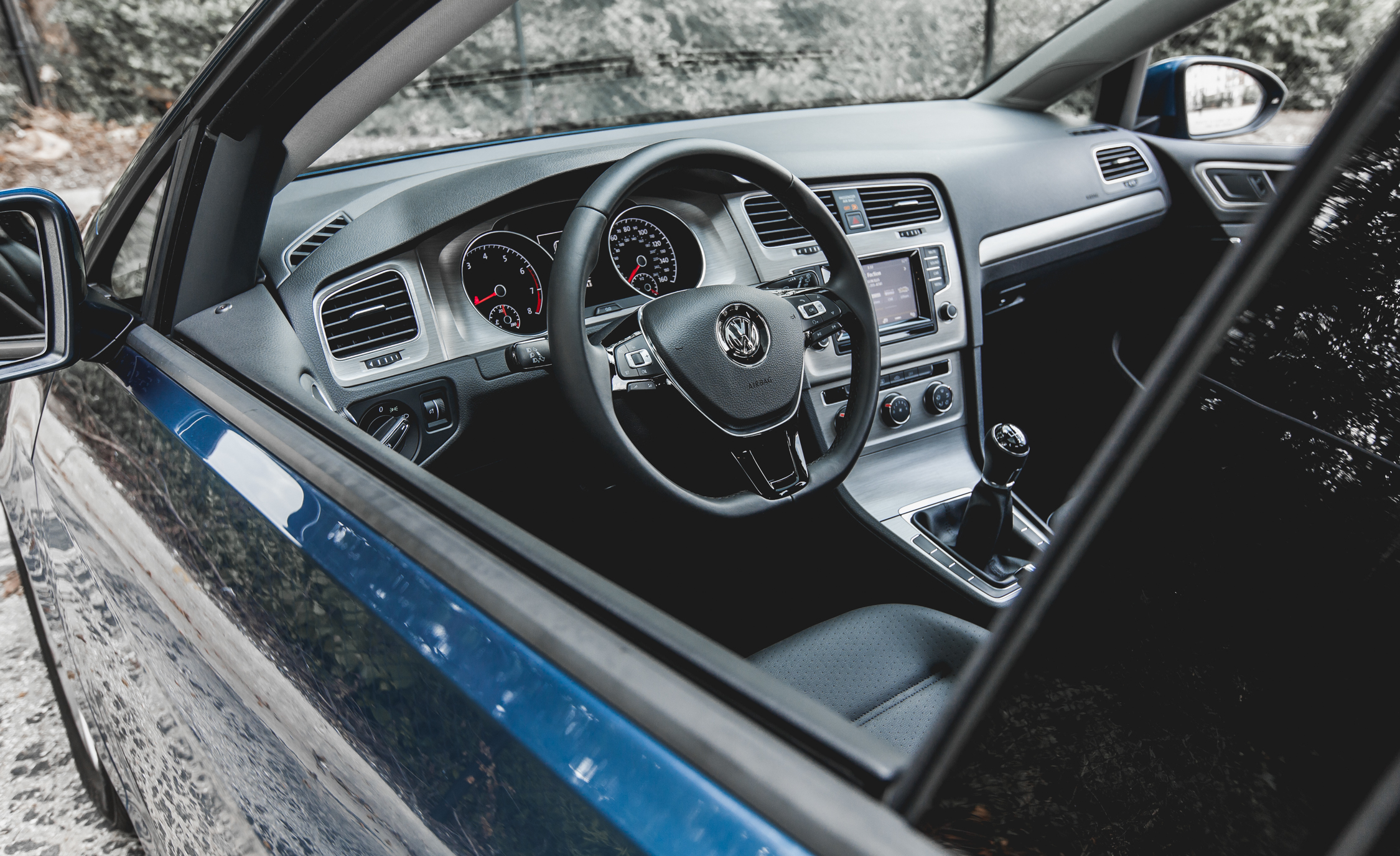 2015 Volkswagen Golf TSI Interior Cockpit